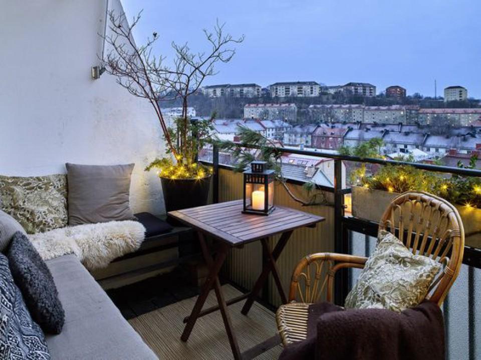 Balkon Mini Bikin Suasana Rumah Jadi Lebih Asik Furnizing
