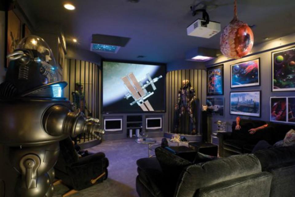 Desain Ruang Bermain Keren Untuk Kamu Yang Hobi Bermain Video Game Furnizing
