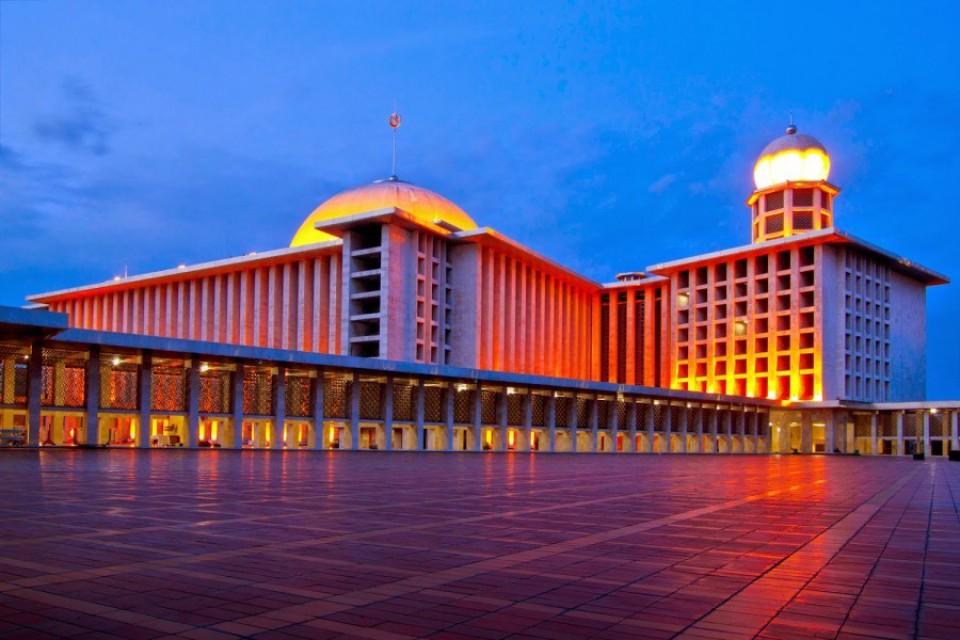 5992b92d505a2 - Tempat Bersejarah Wisatawan di Indonesia