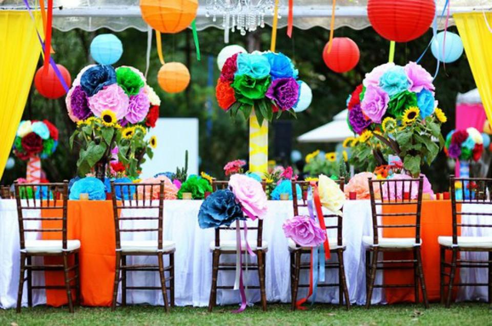 Hasil gambar untuk dekor pernikahan colorfull