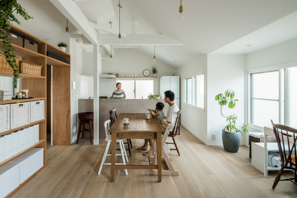 Renovasi Interior Rumah Hunian di Jepang yang Minimalis dan Pas