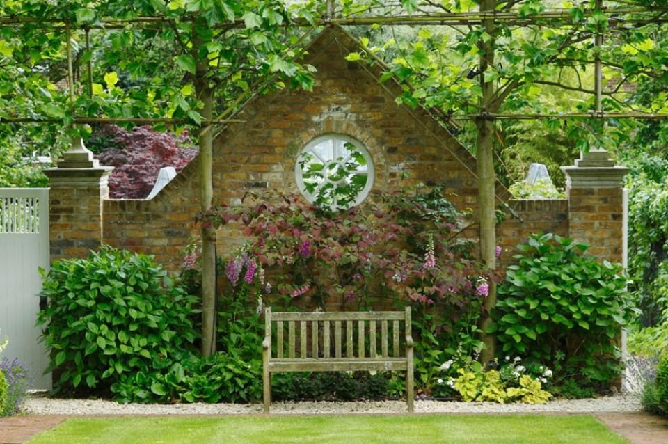 Model Dak Teras Rumah Sederhana taman di rumah yang bikin lebih homey dan sejuk furnizing