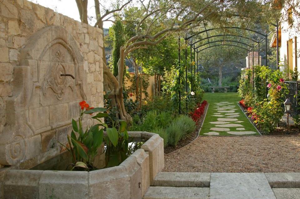 Buat Kamu Yang Punya Taman Di Rumah Inilah Inspirasi Jalur Jalan