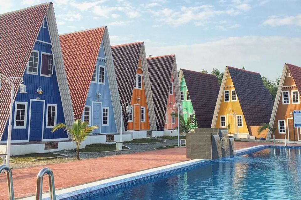 Contoh Denah Rumah Kampung  inilah rumah segitiga yang bentuknya tak serumit cinta
