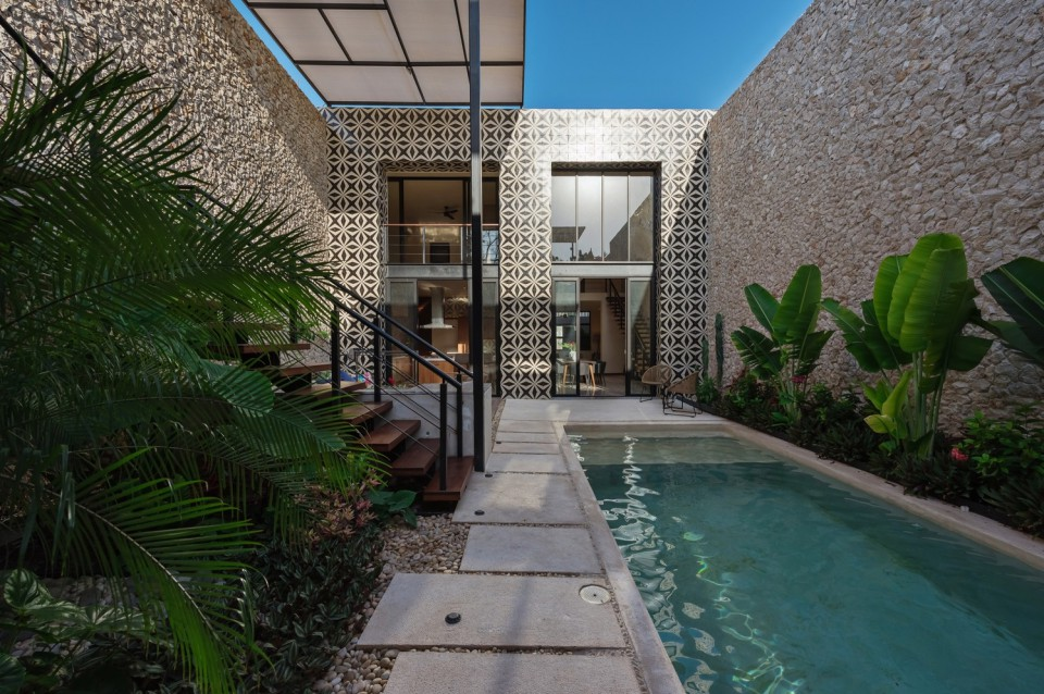 Desain Rumah Minimalis Luar Dan Dalam  desain rumah hunian di meksiko yang tampak biasa dari luar